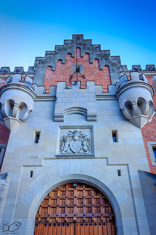 The gate of Neuschwanstein castle
